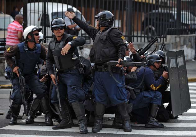 VENEZUELA-MEDIA-RCTV-DEMO-POLICE